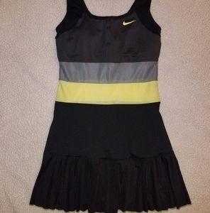 NEW womens size medium Nike Dri Fit Tennis Dress